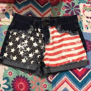 Girls justice shorts only worn once size 14